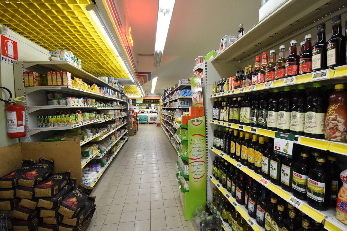 Marketilvascello-viaromadimeglio-muravera51