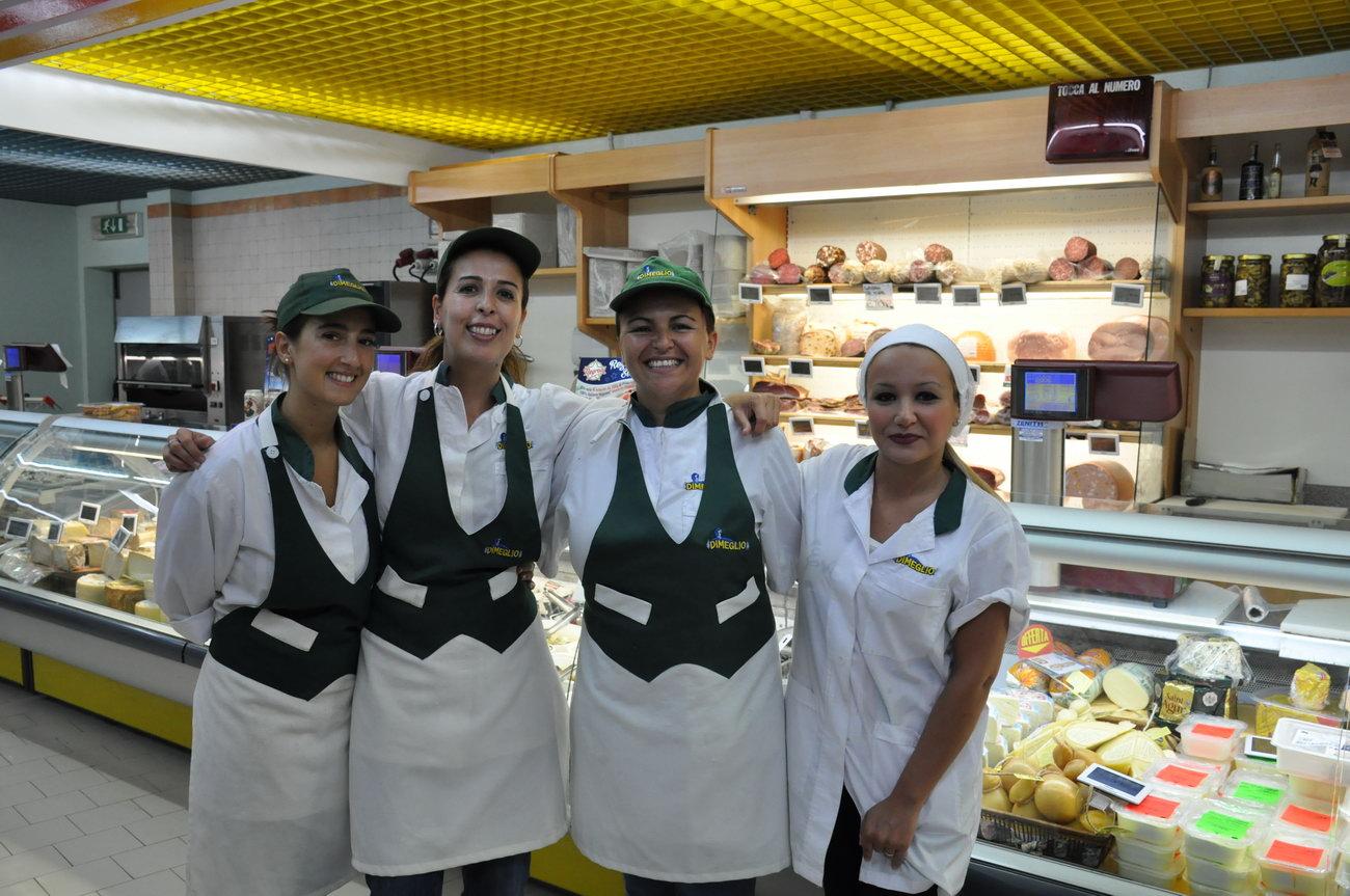 Castiadas-market-oliaspeciosa17