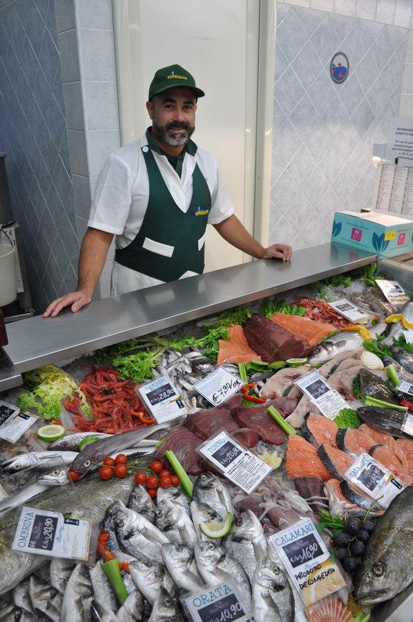 Castiadas-market-oliaspeciosa20