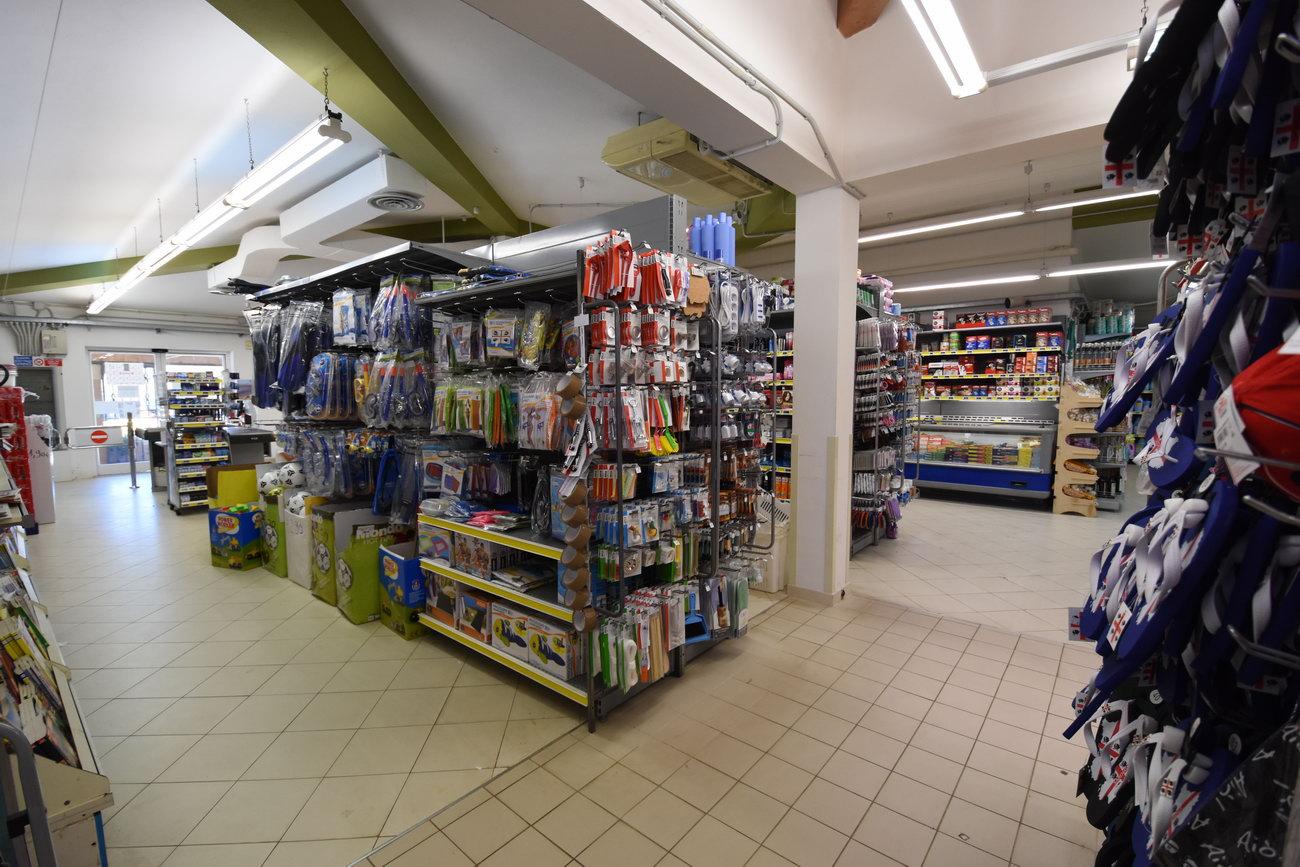 Santelmo-supermarket-sanpietro-castiadas52