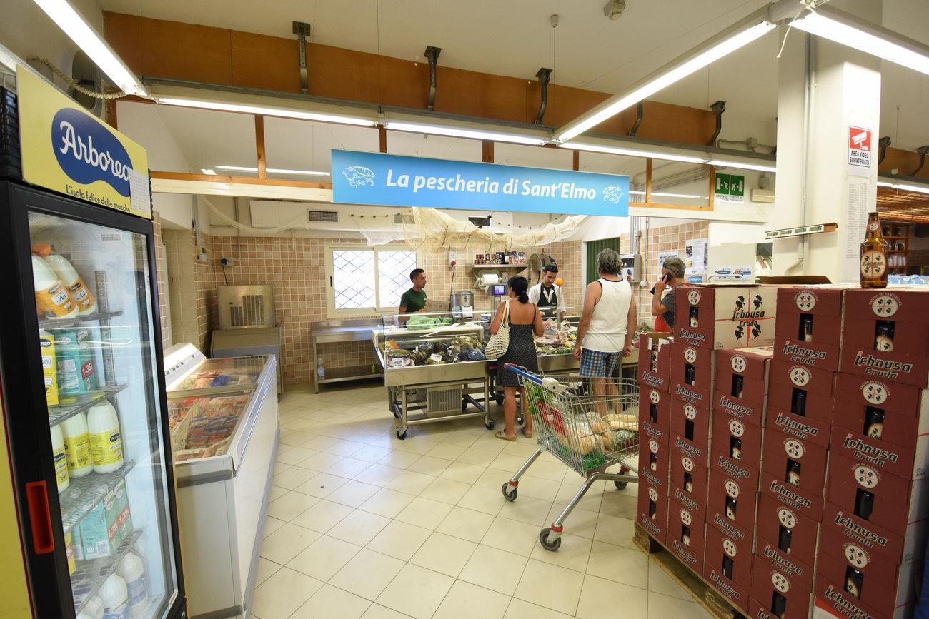 Santelmo-supermarket-sanpietro-castiadas55