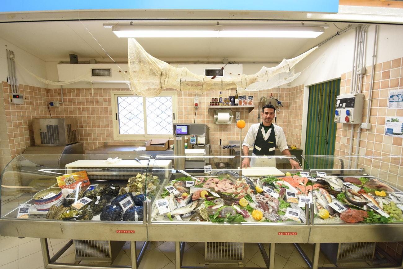 Santelmo-supermarket-sanpietro-castiadas58