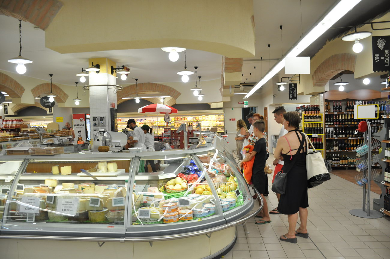 Villasimius-supermarket-ilvascello4
