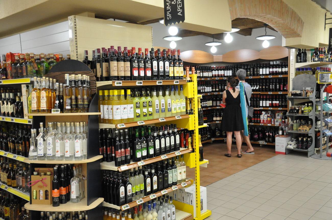Villasimius-supermarket-ilvascello8