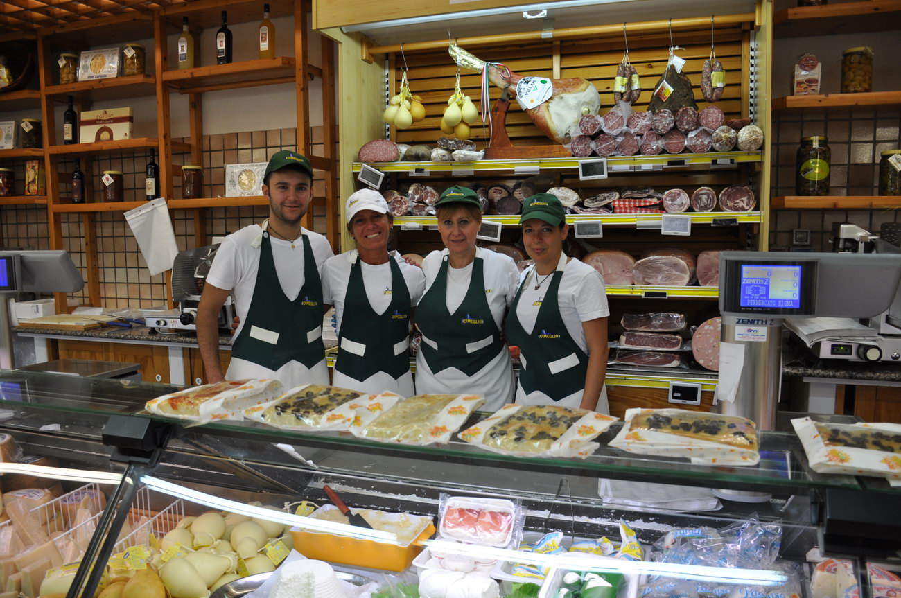 Santelmo-supermarket-sanpietro-castiadas16
