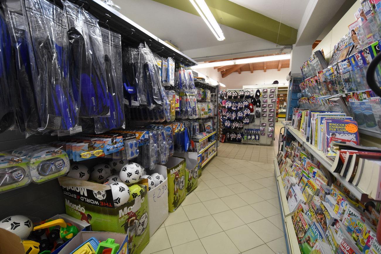 Santelmo-supermarket-sanpietro-castiadas51