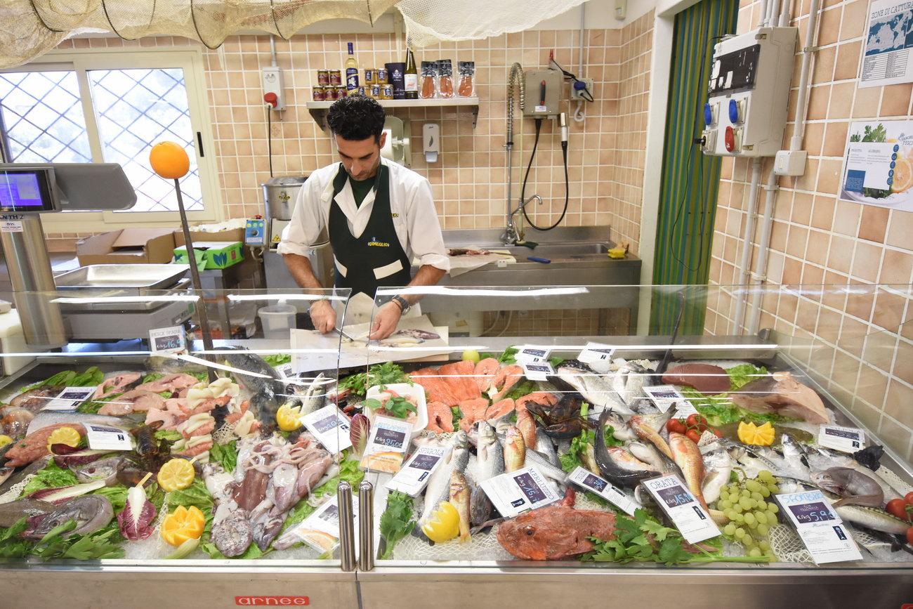 Santelmo-supermarket-sanpietro-castiadas56